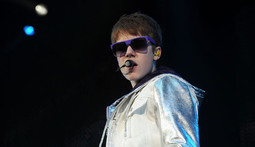 Mantenna - Is Justin Bieber Headed for Rehab?