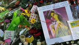 Mantenna – Amy Winehouse is Laid to Rest