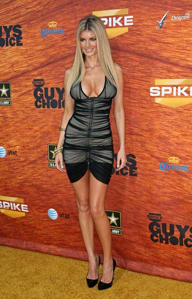 Red Carpet Hotties at the 2nd Annual Guys Choice Awards