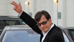 Mantenna - Charlie Sheen Launches $100 Million Lawsuit and Microsoft's Kinect Enters the Record Books