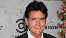 Mantenna – Charlie Sheen Makes Amends