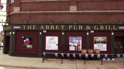 Historic Chicago Bar Burns Down