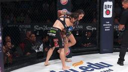 Talita Nogueira vs. Amanda Bell