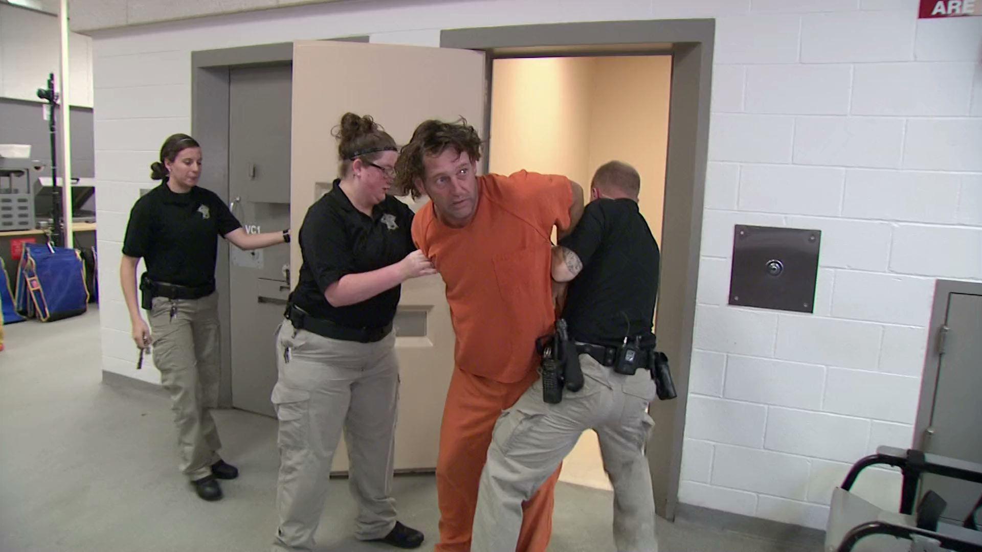 Las Vegas Jailhouse - Season 4 Episode 8: Episode 8 ...