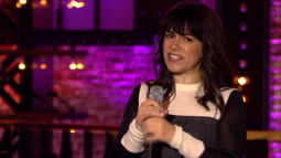 Abbi Jacobson And Ilana Glazer Go Toe-To-Toe