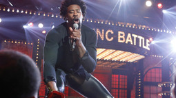 DeAndre Jordan Performs 'Kiss From A Rose' By Seal