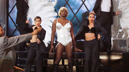 Taye Diggs Performs 'Vogue' by Madonna